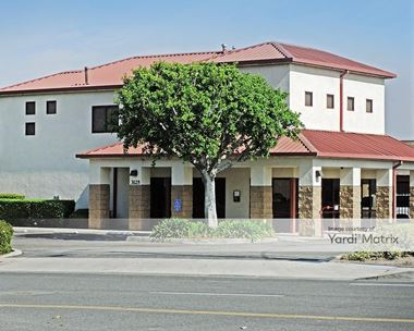 Storage Units for Rent available at 3125 Warner Avenue, Irvine, CA 92606 Photo Gallery 1