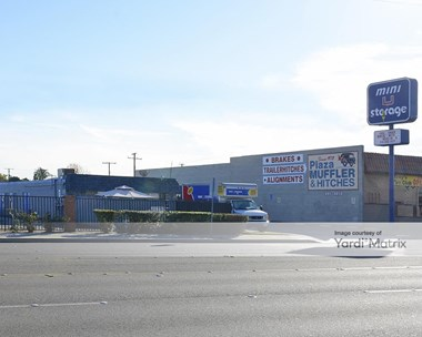 Storage Units for Rent available at 13260 Goldenwest Street, Westminster, CA 92683 Photo Gallery 1