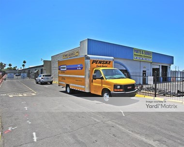 Storage Units for Rent available at 8969 NW Grand Avenue, Peoria, AZ 85345 Photo Gallery 1