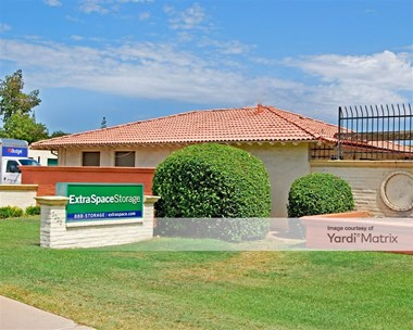 Storage Units for Rent available at 2222 West Southern Avenue, Tempe, AZ 85282 Photo Gallery 1