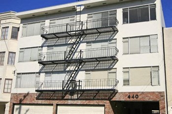 440 9Th Avenue 2 Beds Apartment for Rent Photo Gallery 1