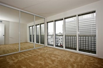 457 8th Avenue 1-2 Beds Apartment for Rent Photo Gallery 1