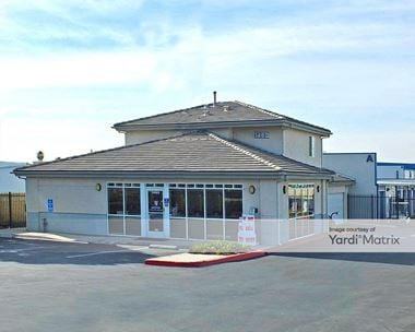 Storage Units for Rent available at 1460 North Main Street, Orange, CA 92867 Photo Gallery 1