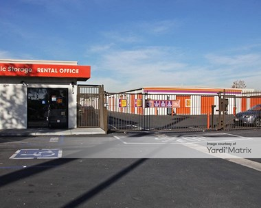 Storage Units for Rent available at 2361 West Commonwealth Avenue, Fullerton, CA 92833 Photo Gallery 1