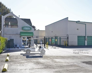 Storage Units for Rent available at 4664 Lincoln Avenue, Cypress, CA 90630 Photo Gallery 1