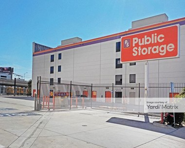 Storage Units for Rent available at 1702 South San Pedro Street, Los Angeles, CA 90015 Photo Gallery 1