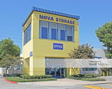 Storage Units for Rent available at 5951 Firestone Blvd, South Gate, CA 90280 Photo Gallery 1