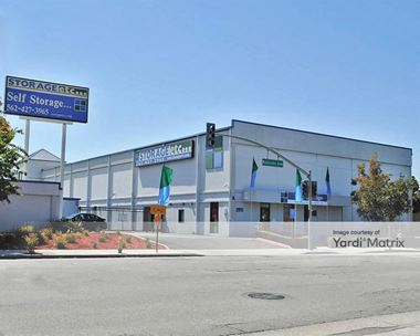 Storage Units for Rent available at 2911 Redondo Avenue, Long Beach, CA 90806 Photo Gallery 1