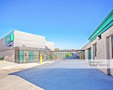 Storage Units for Rent available at 12737 Garvey Avenue, Baldwin Park, CA 91706 Photo Gallery 1