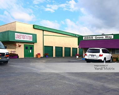 Storage Units for Rent available at 2855 Grove Way, Castro Valley, CA 94546 Photo Gallery 1