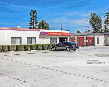 Storage Units for Rent available at 19121 Parthenia Street, Northridge, CA 91324 Photo Gallery 1