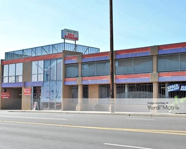 Storage Units for Rent available at 2901 East Pacific Coast Hwy, Signal Hill, CA 90755 Photo Gallery 1