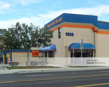 Storage Units for Rent available at 1856 Cherry Avenue, Long Beach, CA 90806 Photo Gallery 1