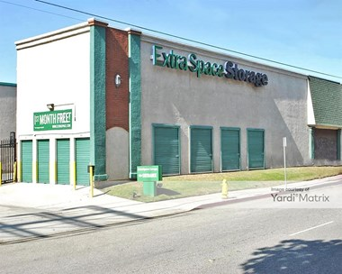 Storage Units for Rent available at 2035 West Wardlow Road, Long Beach, CA 90810 Photo Gallery 1