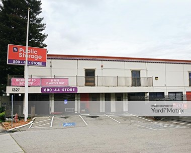 Storage Units for Rent available at 1327 International Blvd, Oakland, CA 94606 Photo Gallery 1