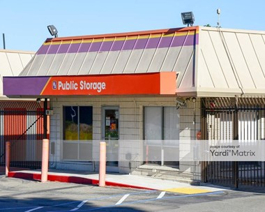 Storage Units for Rent available at 1639 Whipple Road, Hayward, CA 94544 Photo Gallery 1