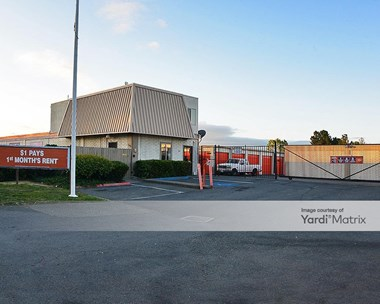 Storage Units for Rent available at 1350 Concord Avenue, Concord, CA 94520 Photo Gallery 1