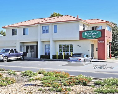 Storage Units for Rent available at 1900 Meeker Avenue, Richmond, CA 94804 Photo Gallery 1