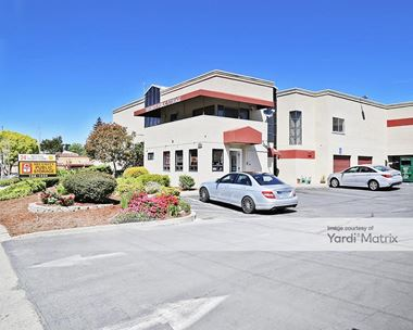 Storage Units for Rent available at 2975 Pinole Valley Road, Pinole, CA 94564 Photo Gallery 1