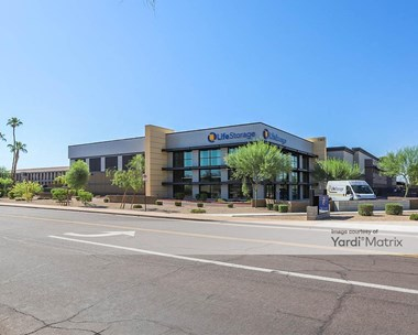 Storage Units for Rent available at 7301 East Acoma Drive, Scottsdale, AZ 85260 Photo Gallery 1