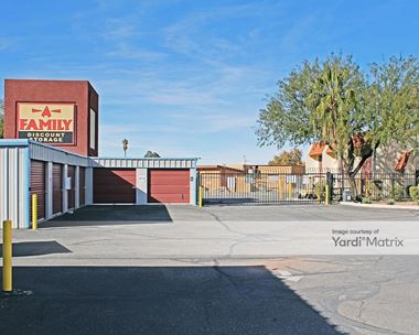 Storage Units for Rent available at 8125 East 22nd Street, Tucson, AZ 85710 Photo Gallery 1