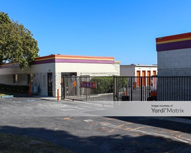Storage Units for Rent available at 4460 Del Amo Blvd, Torrance, CA 90503 Photo Gallery 1