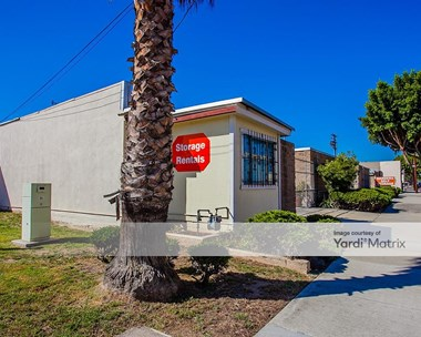 Storage Units for Rent available at 1536 West 139th Street, Gardena, CA 90249 Photo Gallery 1