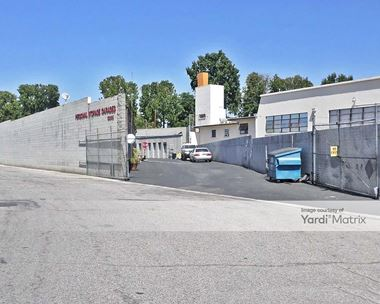 Storage Units for Rent available at 13005 Victory Blvd, North Hollywood, CA 91606 Photo Gallery 1