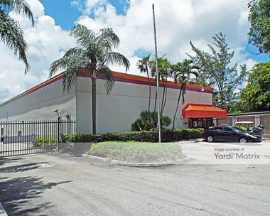 Storage Units for Rent available at 21280 Biscayne Blvd, Aventura, FL 33180 Photo Gallery 1