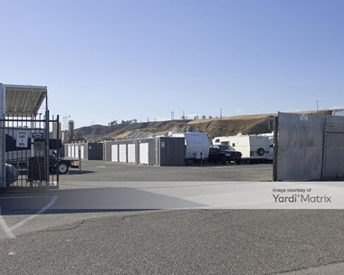 Storage Units for Rent available at 27129 Honby Avenue, Santa Clarita, CA 91351 Photo Gallery 1