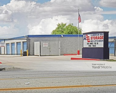 Storage Units for Rent available at 41413 10th Street West, Palmdale, CA 93551 Photo Gallery 1