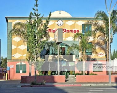 Storage Units for Rent available at 6900 Van Nuys Blvd, Van Nuys, CA 91405 Photo Gallery 1