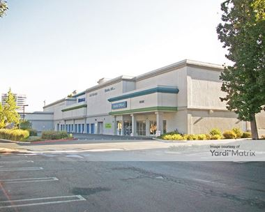 Storage Units for Rent available at 6030 Canoga Avenue, Woodland Hills, CA 91367 Photo Gallery 1