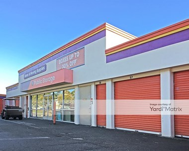Storage Units for Rent available at 12465 Northup Way, Bellevue, WA 98005 Photo Gallery 1