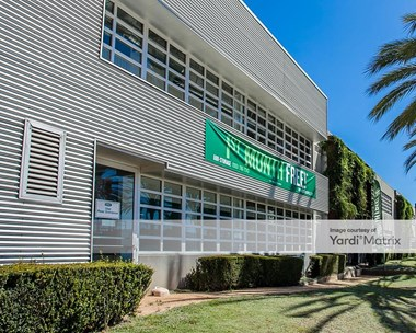 Storage Units for Rent available at 1707 Cloverfield Blvd, Santa Monica, CA 90404 Photo Gallery 1