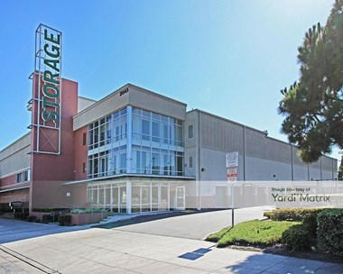 Storage Units for Rent available at 2645 La Cienega Avenue, Los Angeles, CA 90034 Photo Gallery 1