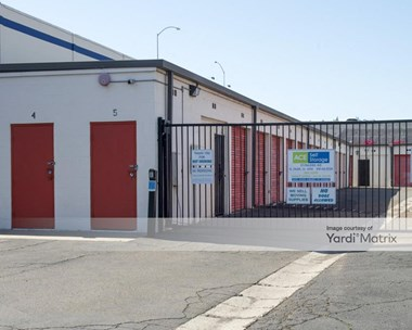 Storage Units for Rent available at 573 Raleigh Avenue, El Cajon, CA 92020 Photo Gallery 1