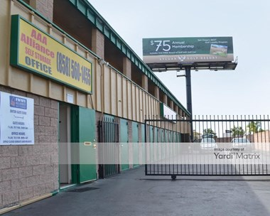 Storage Units for Rent available at 8383 Clairemont Mesa Blvd, San Diego, CA 92111 Photo Gallery 1