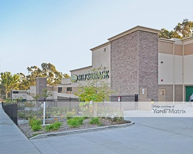 Storage Units for Rent available at 930 South 47Th Street, San Diego, CA 92113 Photo Gallery 1