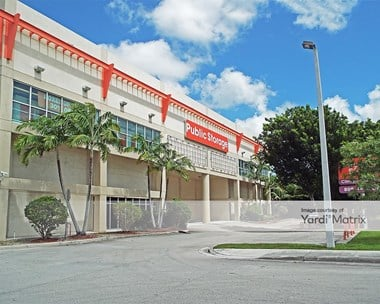 Storage Units for Rent available at 18400 NW 57Th Avenue, Miami Gardens, FL 33015 Photo Gallery 1