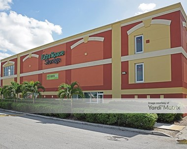 Storage Units for Rent available at 10345 Hammocks Blvd, Miami, FL 33196 Photo Gallery 1