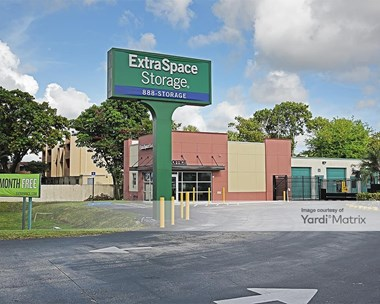Storage Units for Rent available at 8890 SW 72Nd Street, Miami, FL 33173 Photo Gallery 1