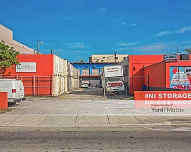 Storage Units for Rent available at 3645 NW 7Th Street, Miami, FL 33125 Photo Gallery 1