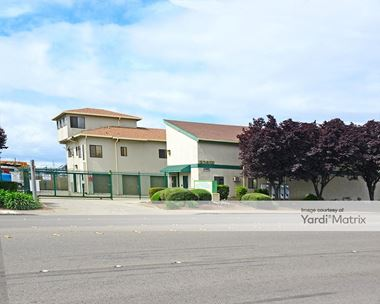 Storage Units for Rent available at 27911 Industrial Blvd, Hayward, CA 94545 Photo Gallery 1