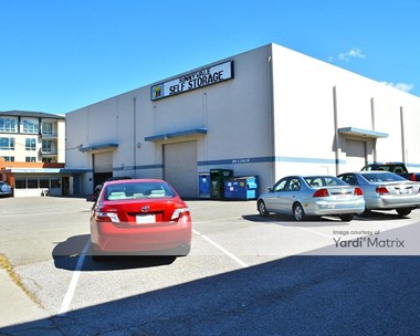 Storage Units for Rent available at 360 East Evelyn Avenue, Sunnyvale, CA 94086 Photo Gallery 1