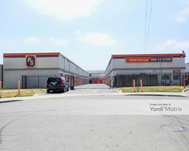 Storage Units for Rent available at 925 Felipe Avenue, San Jose, CA 95122 Photo Gallery 1
