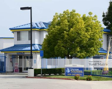 Storage Units for Rent available at 1855 Las Plumas Avenue, San Jose, CA 95133 Photo Gallery 1