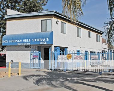 Storage Units for Rent available at 6590 Box Springs Blvd, Riverside, CA 92507 Photo Gallery 1