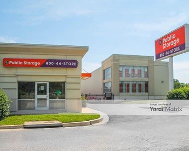 Storage Units for Rent available at 455 East Gude Drive, Rockville, MD 20850 Photo Gallery 1