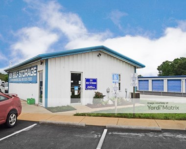 Storage Units for Rent available at 5270 Cutter Court, Prince Frederick, MD 20678 Photo Gallery 1